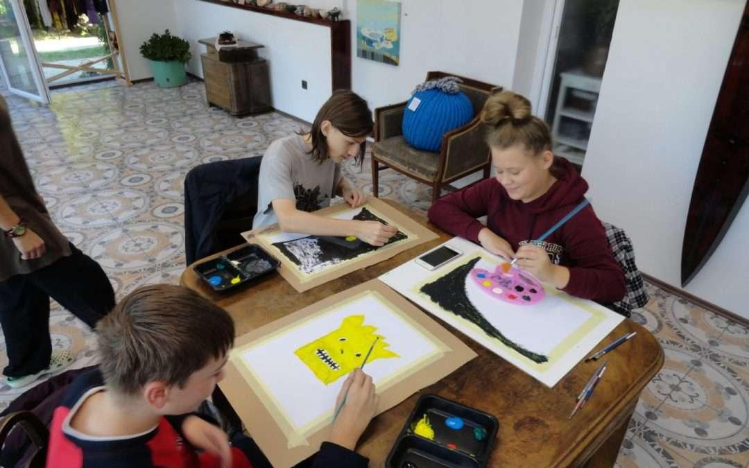 8. třída ve výtvarném ateliéru