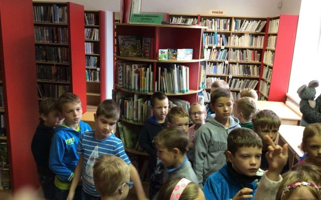 1.A v knihovně